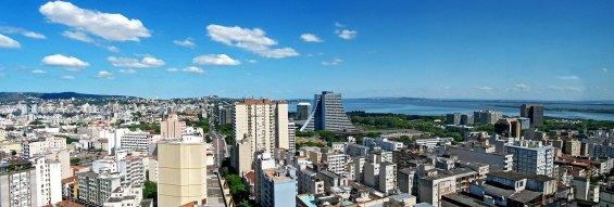 Sul de Porto Alegre visto do centro da cidade (Hotel Everest)