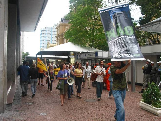 Protesto na Feira do Livro em 2008