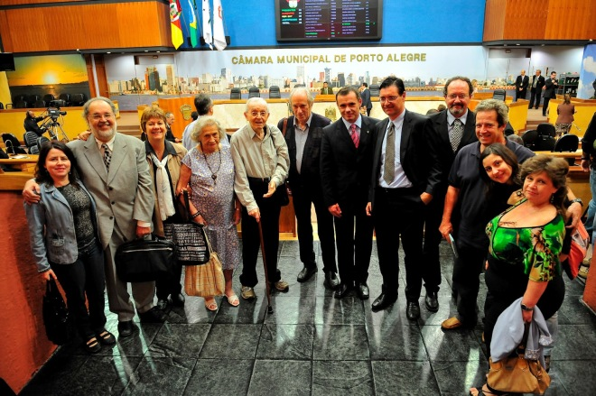 Presente na homenagem que a Câmara Municipal prestou aos 40 anos da AGAPAN em 2011 - Foto: CMPA