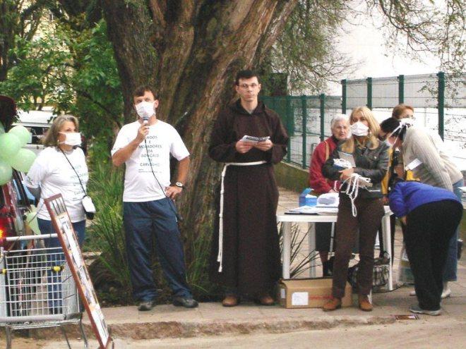 Ato em defesa da Rua Gonçalo de Carvalho em outubro de 2005 (Arquivo Amigos da Gonçalo de Carvalho)