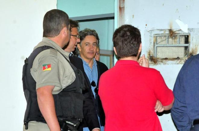 Berfran Rosado sendo libertado - Foto Fabiano Amaral/Correio do Povo