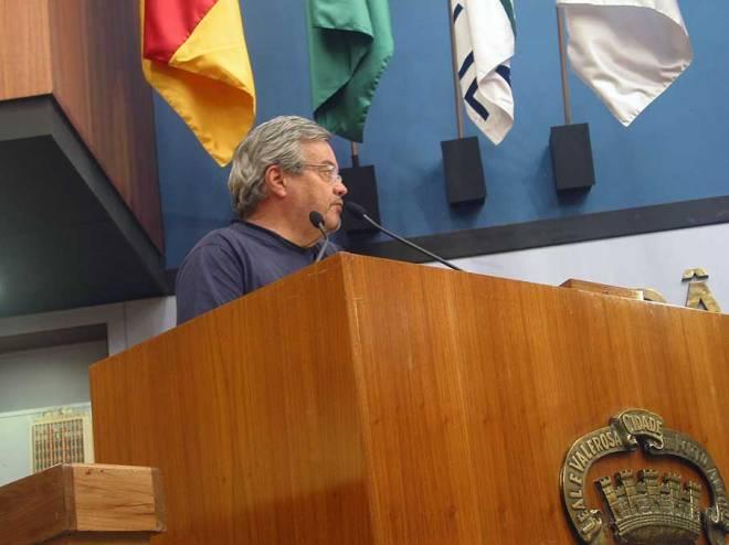 O arquiteto Ibirá Lucas, conselheiro da RGP1, fez muitas críticas ao que foi apresentado por Lerner.