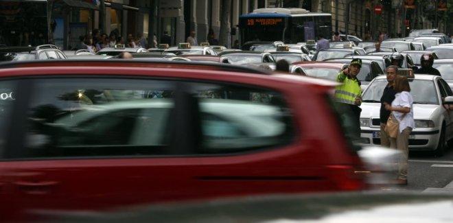 Madrid quer mais pedestres e bicicletas e menos carros no centro - Samuel Sánchez /jornal El País